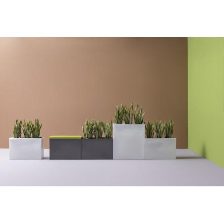 PERRIGNY - Pot à plantes